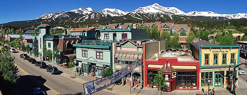 Parking can be a bit of a challenge in Breckenridge, especially during peak seasons.