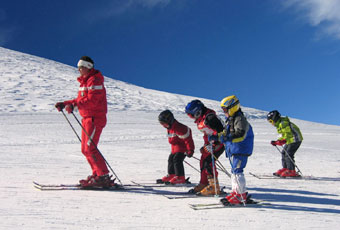 Kids enjoy a ski lesson by one of the well-trained instructors at Breckenridge.